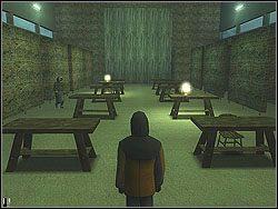 Wejdź do środka i zajrzyj za parawan z prawej - The Bjarkhov Bomb - Opis (2) - Misja 3 - Hitman: Kontrakty - poradnik do gry