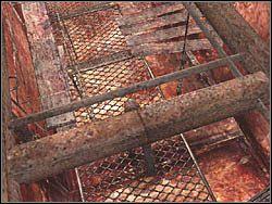Nie id� ca�y czas przed siebie, a przejd� przez deski w prawo - Podziemne przej�cie (6) - Etap 2 - Silent Hill 4: The Room - poradnik do gry