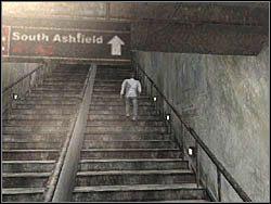 Kiedy j� zabierzesz, biegnij z powrotem i udaj si� do pobliskich schod�w - Podziemne przej�cie (8) - Etap 2 - Silent Hill 4: The Room - poradnik do gry