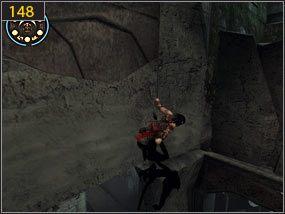 Stamtąd wychodzimy na urwany chodnik [147], z którego po ścianie dostajemy się na wystający ze ściany fragment skały [148] - Południowe przejście - teraźniejszość (3) - Mroczna dłoń losu - Prince of Persia: Dusza Wojownika - poradnik do gry
