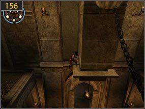 W dużej sali na która trafimy chwilę potem, wspinamy się na kolumnę i przeskakujemy na kamienny filar [155] - Wejście do fortecy - przeszłość - Mroczna dłoń losu - Prince of Persia: Dusza Wojownika - poradnik do gry