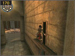 Nieco dalej natkniemy się na drabinę [169], na którą wchodzimy i skaczemy na drugą stronę, w kierunku mechanizmu otwierającego drzwi [170] - Pomocna dłoń - Hol centralny - przeszłość - Prince of Persia: Dusza Wojownika - poradnik do gry