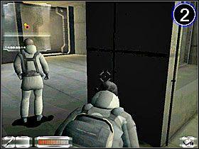 Uważając na patrolującego strażnika przekradnij się do [01] - Misja 2-B cz.1 - Gorky 02: Aurora Watching - poradnik do gry