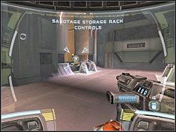 Po jakimś czasie natkniesz się na konsolę, której będziesz musiał użyć - Infiltration Of The Coreship - Kampania I - Star Wars: Republic Commando - poradnik do gry