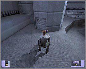 Przechodząc przez nie pamiętaj, że obok czai się na Ciebie strażnik, działko i Vorta (który na szczęście nie ma nigdzie alarmu) - - Arduria - WORF - Star Trek Deep Space Nine: The Fallen - poradnik do gry