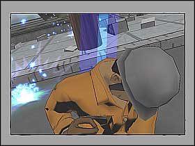Podbiegnij szybko do robotnika uważając przy tym na okoliczne wyładowania, a następnie wciśnij F, aby go podnieść (screen 1) - [Opis przejścia] Misja 3 - R.H.I.N.O. cz.1 - Ultimate Spider-Man - poradnik do gry