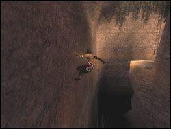 Wejdź w bramę i idź kawałek w prawo, a następnie w lewo - [11] The Tunnels (tunele) - Prince of Persia: Dwa Trony - poradnik do gry