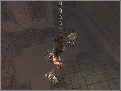 Zjedź po łańcuchu w dół - [12] The Fortress (twierdza) - Prince of Persia: Dwa Trony - poradnik do gry