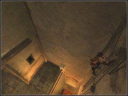 Dotrzesz na niewielki taras - [12] The Fortress (twierdza) - Prince of Persia: Dwa Trony - poradnik do gry
