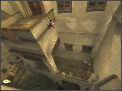 Wybij się z belki na wprost, przeleć nad podwórkiem i wyląduj na kładce drugiej stronie - [13] The Lower City (dolne miasto) - Prince of Persia: Dwa Trony - poradnik do gry