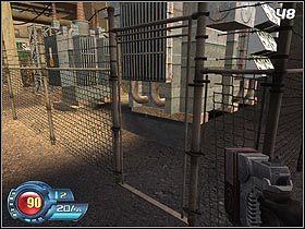 Po prawej stronie zlokalizowana jest duża hala - Docks - Trainyard - Solucja - SiN Episodes: Emergence - poradnik do gry