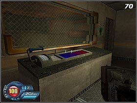 Skręć w prawo i wejdź do zalanych tuneli - U4 Laboratory - Infiltration - Solucja - SiN Episodes: Emergence - poradnik do gry