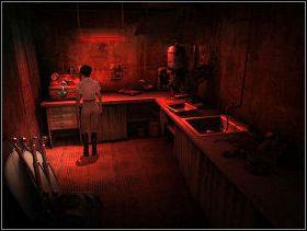 Gdy już dostaniesz się do środka, przyjrzyj się przełącznikowi na ścianie obok drzwi - MIASTO MADARGAN cz.1 - Paradise - poradnik do gry