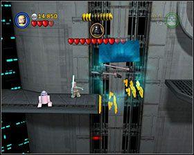 W następnej sali przełącz się na R2 i użyj obydwu paneli, odcinając szturmowców - Episode V - Cloud City Trap - Story Mode - LEGO Star Wars II: The Original Trilogy - poradnik do gry