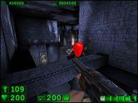 Sekret #2: Nad długim korytarzem z malowidłami po bokach znajdziemy dodatkowe zdrowie - 03: Grobowiec Ramzesa - Serious Sam: Pierwsze starcie - poradnik do gry