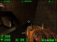 Sekret #4: Przy wyjściu z owego tunelu wchodzimy po schodach na podwyższenie po lewej - 03: Grobowiec Ramzesa - Serious Sam: Pierwsze starcie - poradnik do gry