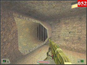 Jak zobaczysz kraty to oznacza, że niebawem kawałek tego tunelu się załamie - Misja 03 - Kosowo 1 (1) - Opis przejścia - Soldier of Fortune - poradnik do gry