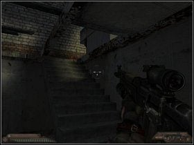 Po eliminacji przeciwnik�w udaj si� do ma�ego budynku po lewej - Szpital (cz�� III) - Dusk-12: Strefa �mierci - poradnik do gry