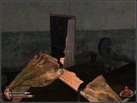 Potem puste półpiętro, kolejne schody - Więzienie cz.1 - Dusk-12: Strefa Śmierci - poradnik do gry