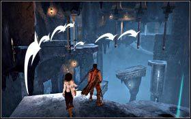 Po wyjściu z korytarza przeskakuj wzdłuż lewej ściany, a ze środkowego podestu skieruj się w stronę trzech wiszących kolumn - Pieczara - Pałac Królewski - Prince of Persia - poradnik do gry