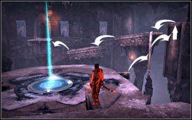 Zeskocz na arenę i po tej samej kolumnie co chwilę wcześniej wejdź poziom wyżej - Pieczara - Pałac Królewski - Prince of Persia - poradnik do gry