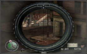 Podnosimy PPSH41 wraz z amunicją , oraz 4 granaty potykacze i czołgamy się do klatki schodowej - [Opis przejścia] Zaginiony Kontakt - Sniper Elite: Berlin 1945 - poradnik do gry