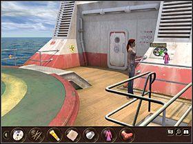 W tym celu Nina maszeruje na górny pokład (po schodach w okolice recepcji i stamtąd wyjściem w dole ekranu), gdzie obok wejścia na mostek kapitański znajduje się wentylator - Morze Północne - Rejs statkiem wycieczkowym Calypso (cz.3) - Tajne akta 2: Puritas Cordis - poradnik do gry