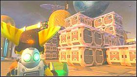 Stań na zielonym polu i naciśnij przycisk akcji by zacząć latać - Stratus City, Planet Kortog - Opis przejścia - Ratchet & Clank: Tools of Destruction - poradnik do gry