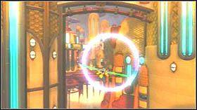 Przebiegnij przez korytarz i wskocz do wody - Stratus City, Planet Kortog - Opis przejścia - Ratchet & Clank: Tools of Destruction - poradnik do gry