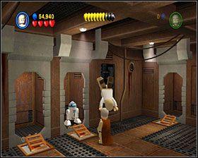 W następnym pomieszczeniu użyj dźwigni, a z taśmociągu wyjedzie skrzynia - Chapter 2 - Through the Jundland Wastes - Story Mode - Episode 4 - LEGO Star Wars: The Complete Saga - poradnik do gry
