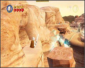 Gdy dotrzesz do dużego obszaru ze stawami, użyj 3PO by uaktywnić panel po prawej, osuszając w ten sposób jeden z nich - Chapter 2 - Through the Jundland Wastes - Story Mode - Episode 4 - LEGO Star Wars: The Complete Saga - poradnik do gry