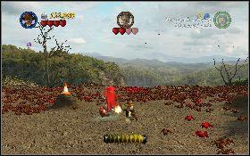 Później pachołki będą też przenoszone przez grupy czerwonych mrówek [1] - Pojedynek z Dowczenką - Kryształowa Czaszka Akt II - LEGO Indiana Jones 2: The Adventure Continues - poradnik do gry