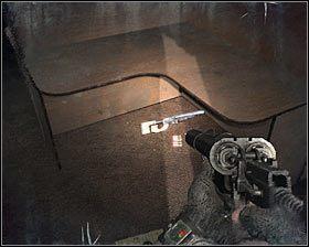 Po dotarciu na najwyższe piętro zignoruj zniekształcenia obrazu i dziwne dźwięki - Dead City 1* (1) - Opis przejścia - Rozdział 2 - Metro 2033 - poradnik do gry