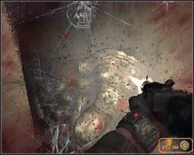 Przygotuj sobie teraz dobrą broń, a to dlatego, że przez okiennice do budynku zaczną wkrótce wpadać kolejne potwory #1 #2 - Dead City 1* (2) - Opis przejścia - Rozdział 2 - Metro 2033 - poradnik do gry
