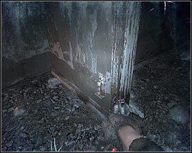 Powróć do miejsca, w którym znajdował się latający demon i tym razem wybierz się na górę, zmierzając w stronę wejścia do zniszczonego budynku #1 - Dead City 1* (2) - Opis przejścia - Rozdział 2 - Metro 2033 - poradnik do gry