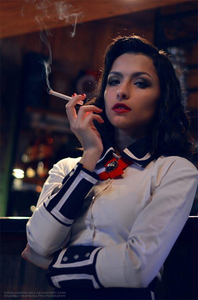 Źródło: Angela Bermudez - Najlepsze cosplaye - Elizabeth z BioShock