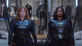 Zobacz zwiastun komedii SF Netflixa o superbohaterkach z przypadku