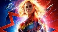 Kapitan Marvel ukazuje pełnię swojej mocy na nowym zwiastunie