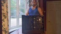 Henry Cavill (aka wiedźmin) składający PC to dzisiejszy hit internetu
