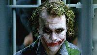 Mroczny rycerz mógł pokazać powstanie Jokera