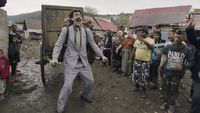 Borat 2 budzi wiele kontrowersji. Sacha Baron Cohen m�g� trafi� do s�du
