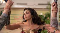 Wonder Woman 1984 obejrzymy jeszcze w tym roku. Jest jednak problem