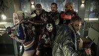 Suicide Squad 2 zesz�o ze sto�u monta�owego