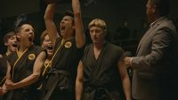 Do Cobra Kai wróci³a istotna postaæ z Karate Kid dziêki re¿yserowi The Boys