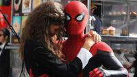 Spider-Man 3 może być filmem świątecznym i związanym z WandaVision