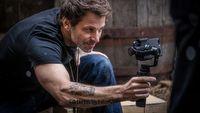 Zack Snyder napisze nowy serial dla Netfliksa. Znamy obsad�