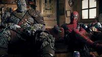 Deadpool i bohater MCU wy�miewaj� Ryana Reynoldsa w zapowiedzi nowego filmu