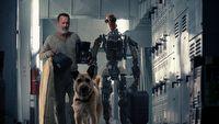 Tom Hanks, pies i robot w œwietnym zwiastunie postapokaliptycznego Finch